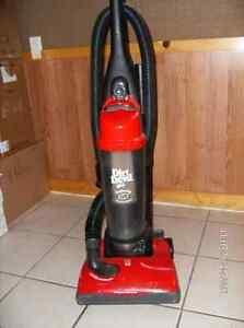 Dirt Devil Feather Light  Upright Vacuum