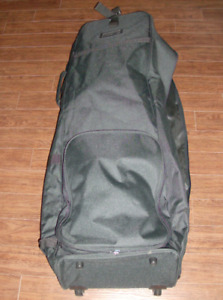 NEW Travel Golf Bag with Wheels & Large Shoe or Ball Bag
