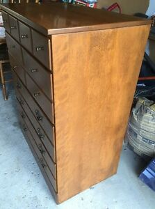 4 Drawer Solid Wood Dresser West Island Greater Montréal image 3