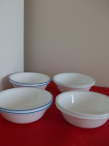 2 Sets of Corelle Bowls (8 in total)