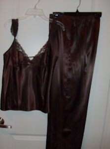 NEW 2 Piece LaSenza Nightwear + Clutch, Tote Bags and Purse