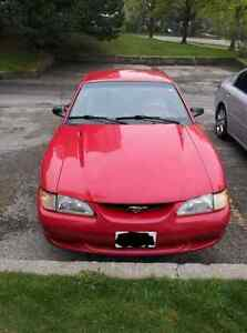 1996 Ford Mustang Base 2dr STD Coupe 3.8L V6