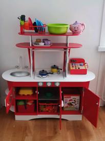 Kids retro play kitchen