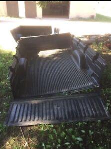 Chevy box liner