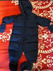 GAP Snowsuit 6-12 months
