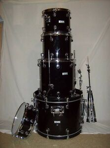 Complete set Network drums.