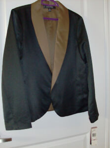 Deal Only $25.00 - NEW Reversible Jacket Black/Brown Size 12