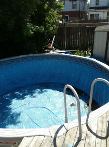 15' Above ground swimming pool perfect condition