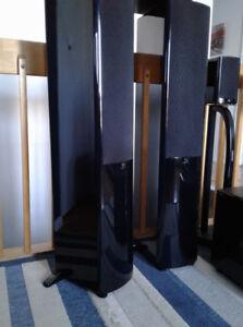 ensemble de cinéma maison Yamaha et Boston Acoustics
