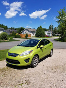 Ford Fiesta 2012, 56 000KM, Super propre, Automatique full equip