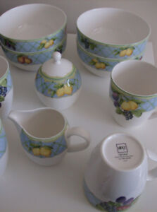 Moving - NEW 11 Pieces Mikasa China - Pattern is Fruit Rapture