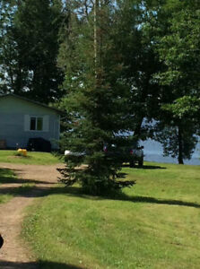 Beautiful Private Waterfront Cottage in Ottawa River