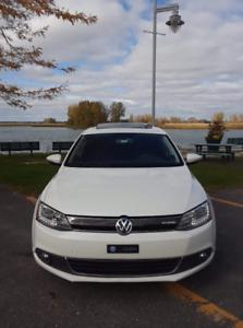 Volkswagen HYBRID Jetta