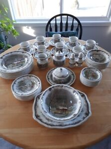 8 place setting of Shakespeare Sonnet dishes with serving bowl,
