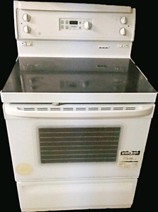 """Full size electric stove, GE , 30""""wide , for sale"""
