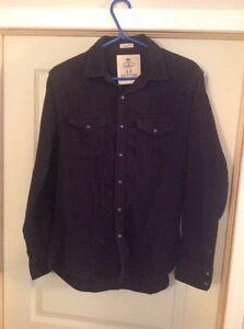 Chemise noir pour homme American Eagle, Medium  Saguenay Saguenay-Lac-Saint-Jean image 1