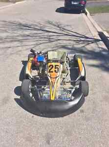 Adult Racing Go Kart For Sale w. Honda Engine + Extras.