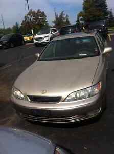 *REDUCED* 98 Lexus ES 300 - $799 OBO - Priced to sell