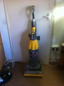 DYSON DC07 UP RIGHT VACUUM CLEANER SERVICED £50.00.