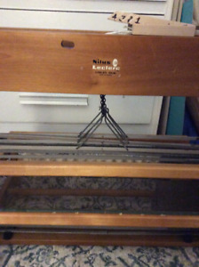 """22"""" 4 shaft Leclerc Medico Loom with extras!"""