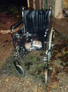 Excellent condition full sized wheel chair for sale London Ontario image 2