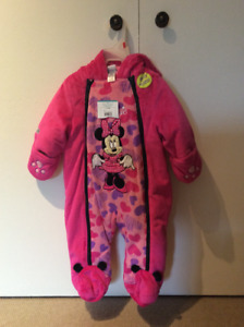 Baby snowsuit, 6-12 months, Disney, Minnie, new with tags on
