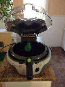 """Family Size T-fal Actifry uses 1 spoonful of oil """"""""SOLD"""""""""""