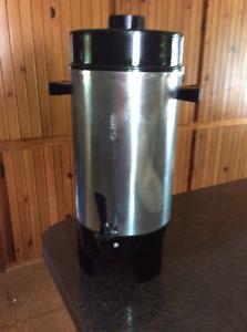 MACHINE A CAFÉ 36 TASSE / 36 CUP COFFEE MACHINE