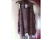 Ladies animal print top size 10 (new with tags) topshop