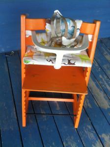 Chaise haute évolutive en bois Tripp Trapp Stokke bébé enfant