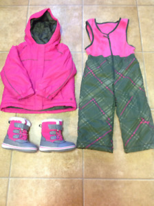 Brand New Girls Columbia Snowsuit & Boots Asking $30.00