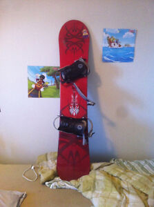 GABRIEL SNOWBOARD ONLY USED ONE WINTER