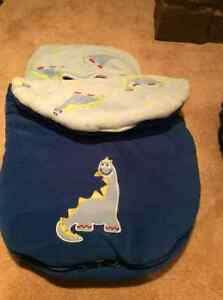 *Gently used 0-3month boy clothing +2 carseat covers+hats/mitts