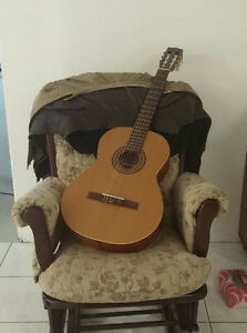 la patrie etude classical guitar w case and tuner