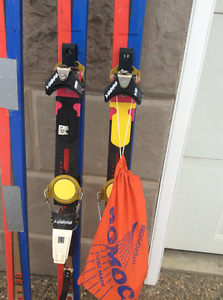 K2 Four  188cm Touring skis WITH Bindings AND climbing Skins .