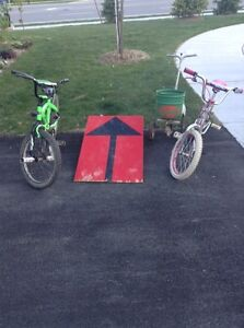 Bikes ramp and fertilizer spreader