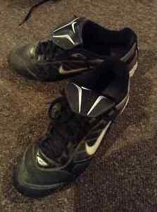 Nike Baseball Cleats Size 5