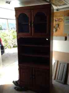 Hutch/ display cabinet with light