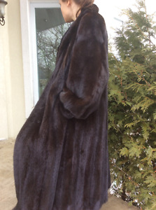 Manteau vison black diamond excellent état Mink coat