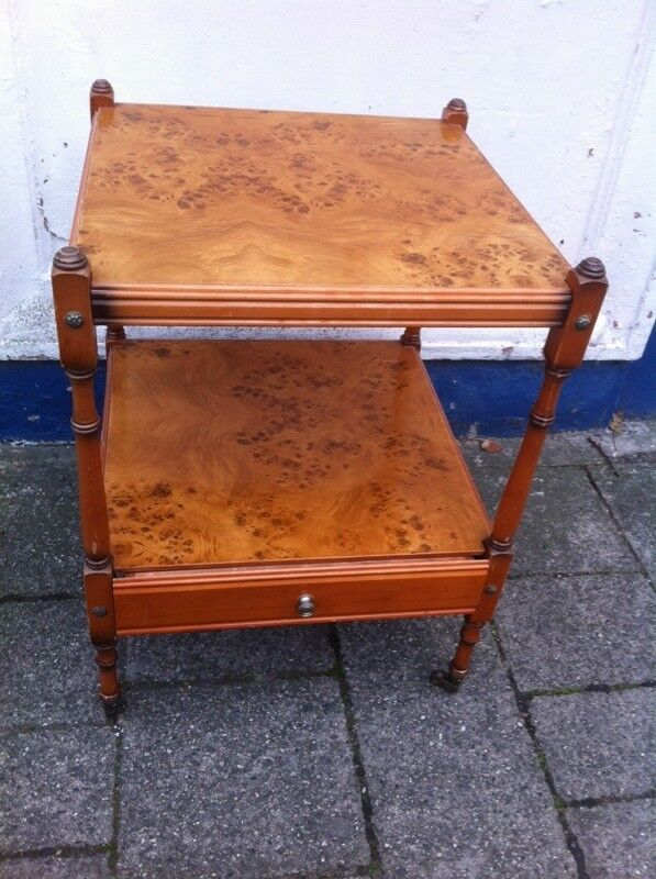 Lovely maple effect side table.