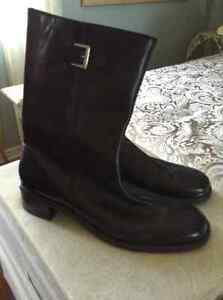 Black leather boots....made in Brazil.....size 12 New!