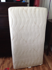 Crib mattress with cover