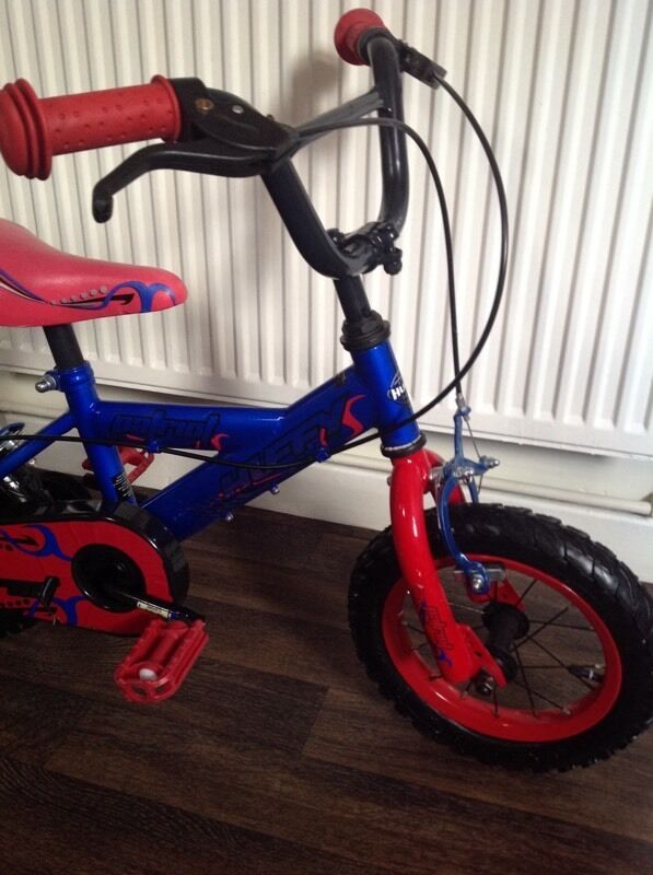 Great little boys bike , in good condition 12 inch , age 2/5.