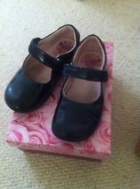 Lelli Kelly size 8 girls shoes boxes great shoes