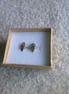 14 Kt gold earrings, 3 pairs $100 each or $250 for all 3 Sarnia Sarnia Area image 4