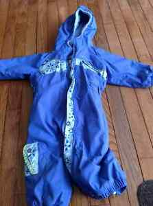 Columbia one piece - Size 18m snowsuit