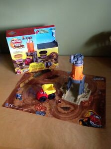 Play doh Diggin' Rig with Chuck the Truck