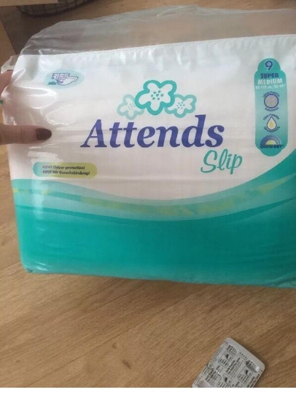 28x Attends Adult Nappies Super 9 Size Medium In