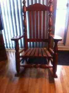 Solid Hard Maple Rocking Chair Cornwall Ontario image 2