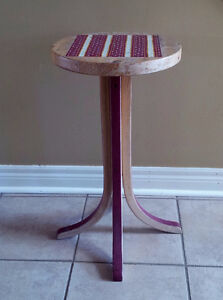 Handpainted decorative solid wooden plant stand accent table